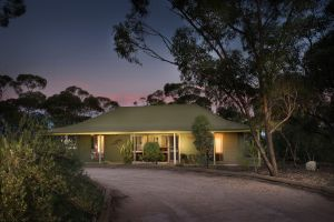 Riverbush Cottages - Accommodation in Brisbane