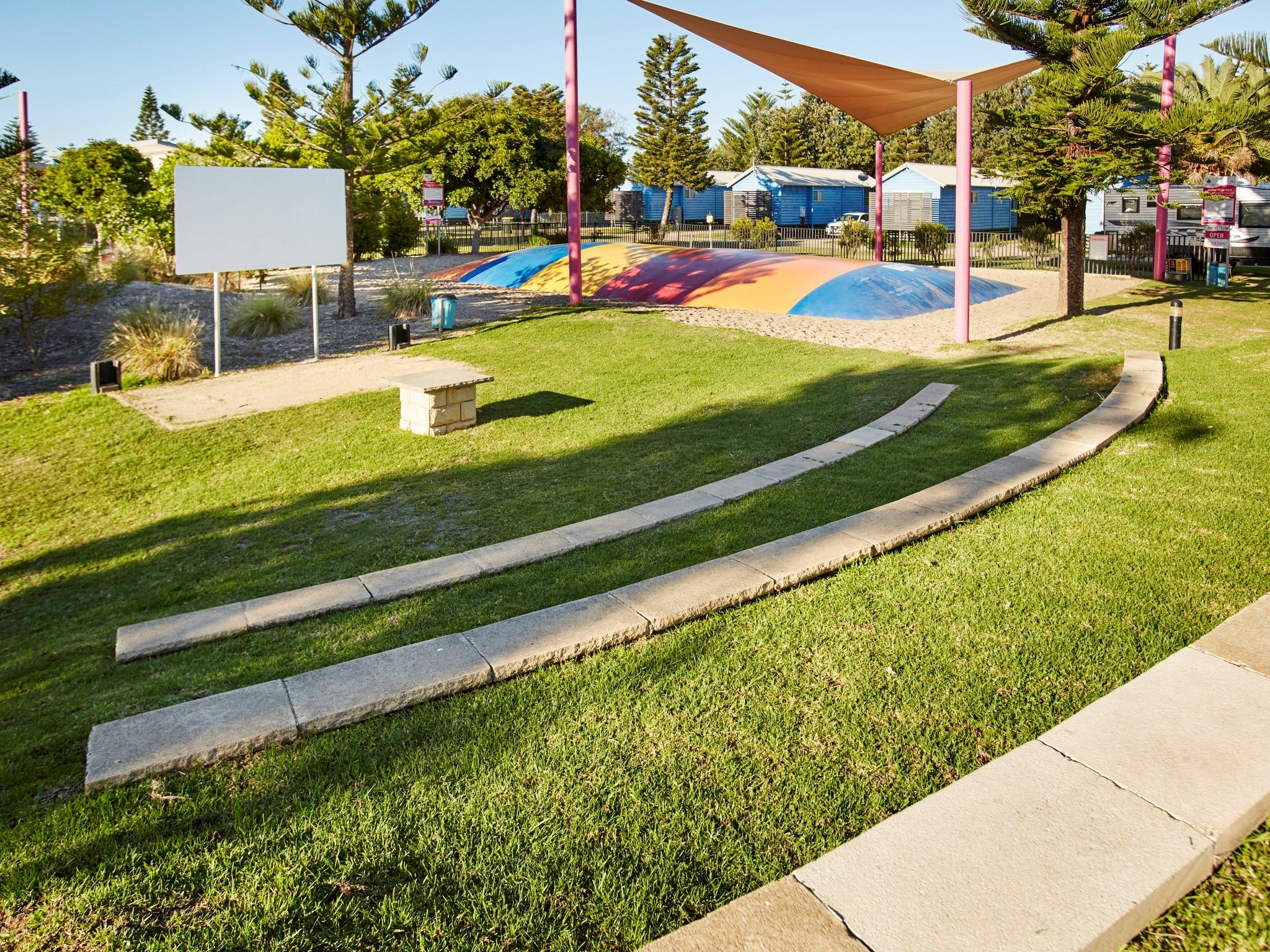 Toowoon Bay Holiday Park - Accommodation in Brisbane