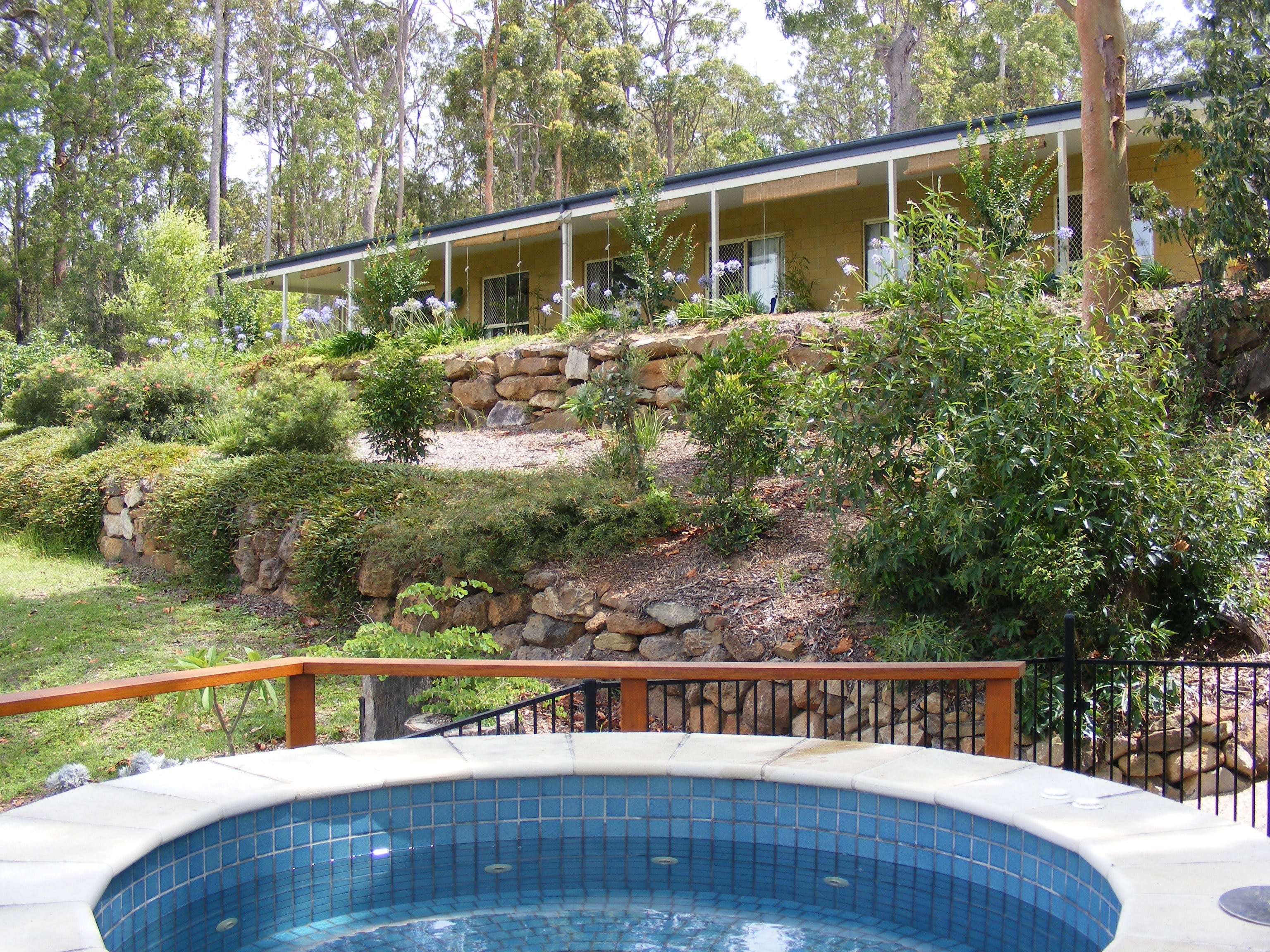 Bed and Breakfast at Wallaby Ridge - Accommodation in Brisbane