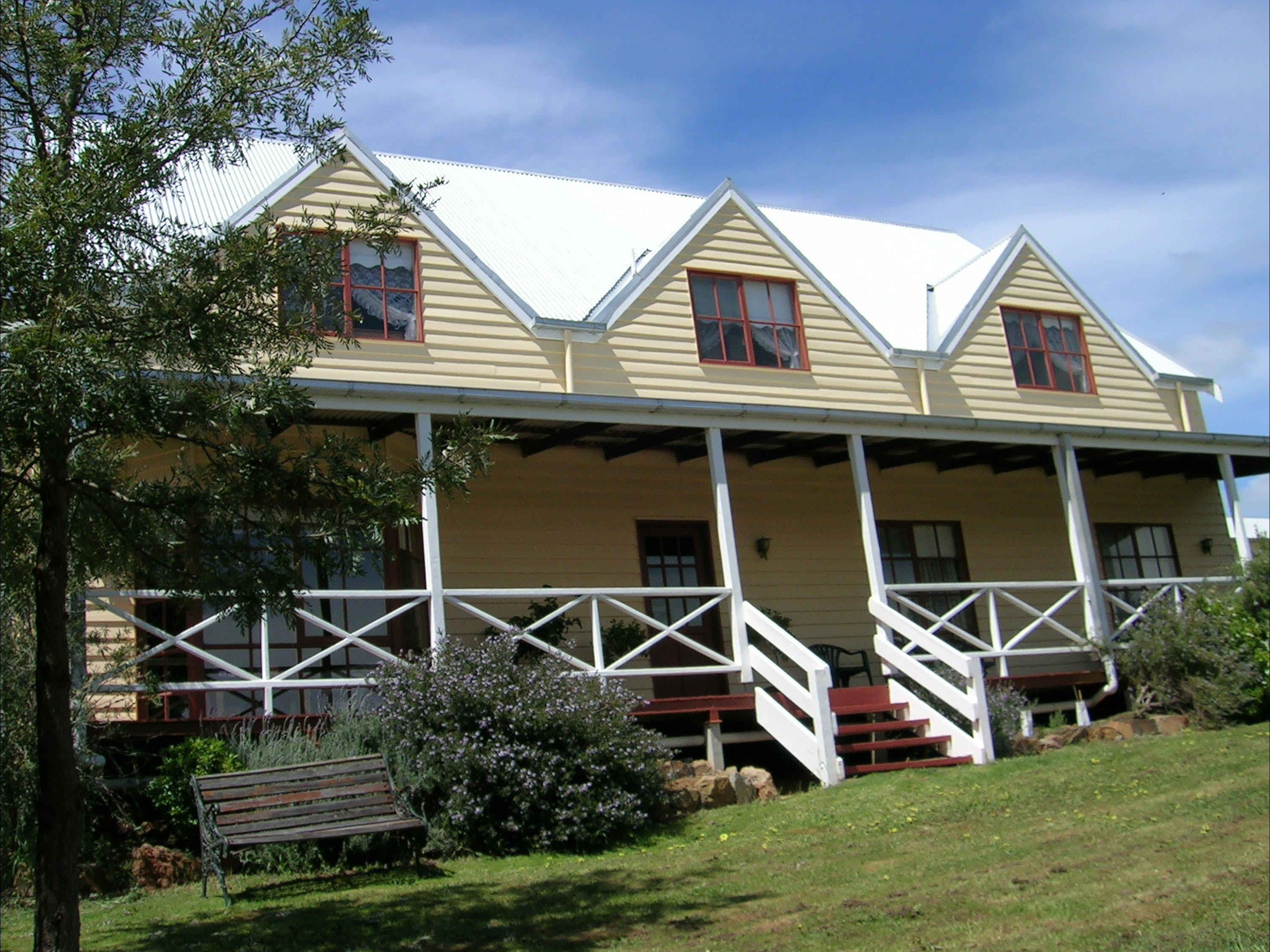 Celestine House - Accommodation in Brisbane