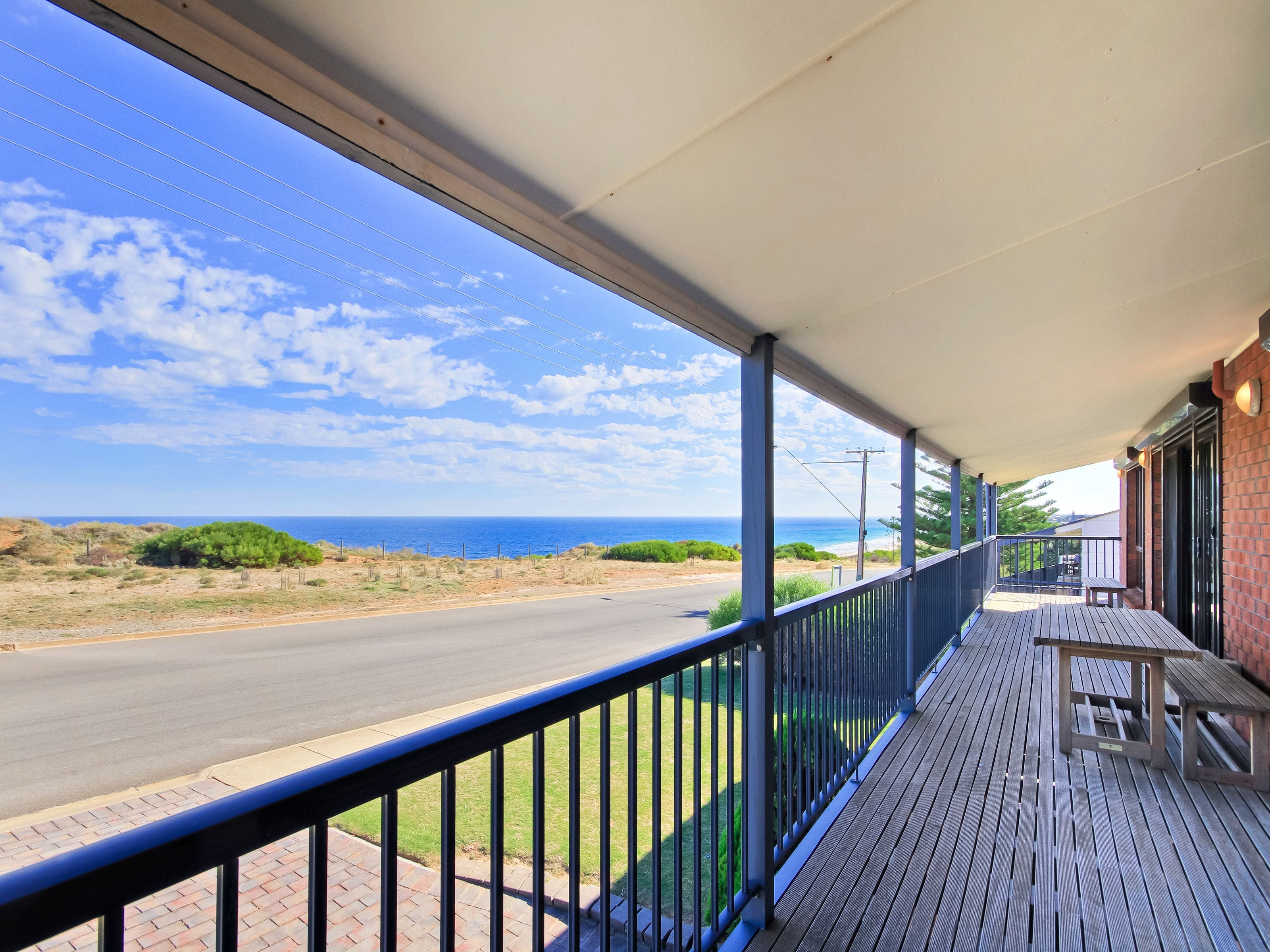 Century 21 SouthCoast Beach House at Moana - Accommodation in Brisbane