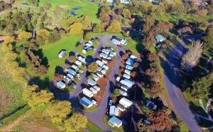 Lake Colac Caravan Park - Accommodation in Brisbane