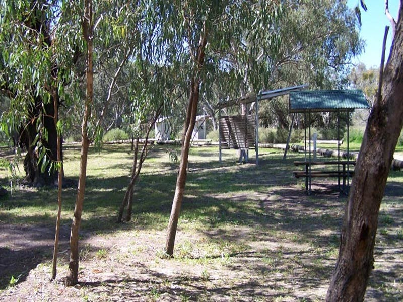 Coach and Horses campground - Accommodation in Brisbane