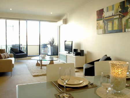 Boutique Stays - Elwood Village Apartment - Accommodation in Brisbane