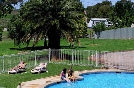 Swan Hill Holiday Park - Accommodation in Brisbane