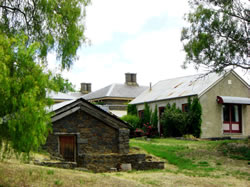 Lochinver Farm - Accommodation in Brisbane