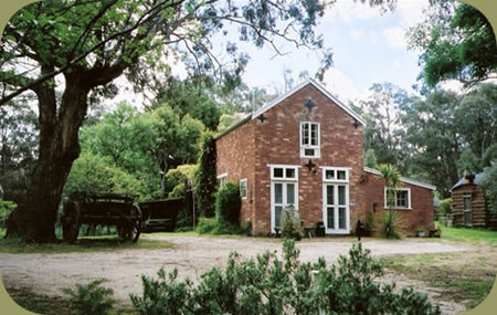 Claremont Coach House - Accommodation in Brisbane