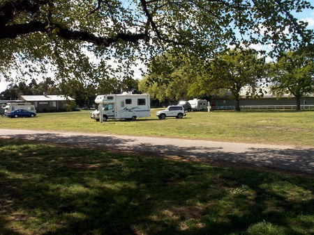 Sale Showground Caravan and Motorhome Park - Accommodation in Brisbane