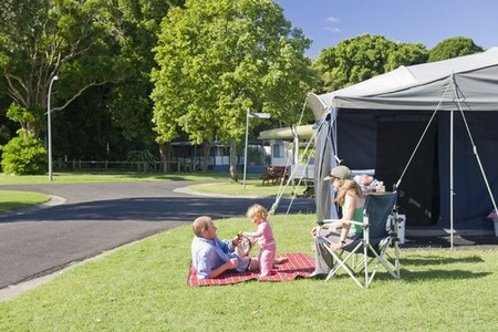 Silver Sands Holiday Park - Accommodation in Brisbane