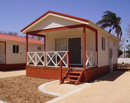 Outback Oasis Caravan Park - Accommodation in Brisbane