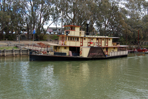 Emmylou Paddle Steamer - Accommodation in Brisbane