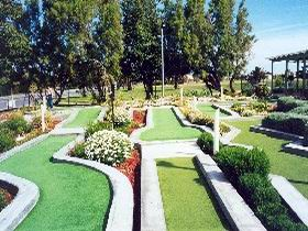 West Beach Mini Golf - Accommodation in Brisbane