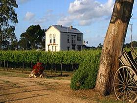 Highbank Vineyards - Accommodation in Brisbane