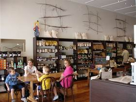 Blond Coffee and Store - Accommodation in Brisbane