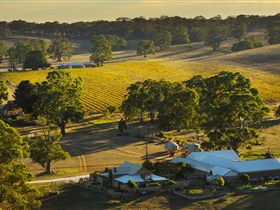 Hutton Vale and Farm Follies - Accommodation in Brisbane