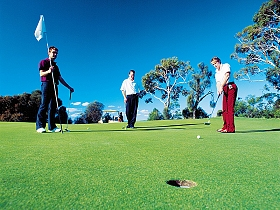 Huon Heights Public Golf Course - Accommodation in Brisbane