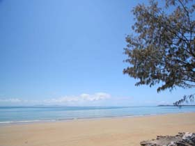 Blacks Beach - Accommodation in Brisbane