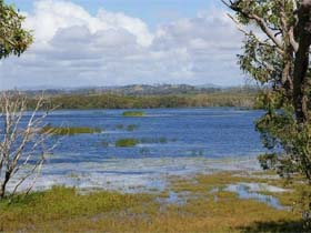 Lake Barfield - Accommodation in Brisbane