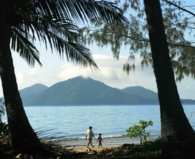 Family Islands National Park - Accommodation in Brisbane