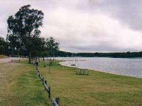 Storm King Dam - Accommodation in Brisbane