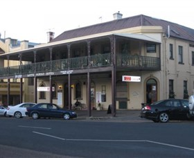 The Family Hotel - Accommodation in Brisbane