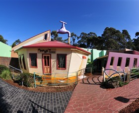 A Maze'N Things - Accommodation in Brisbane