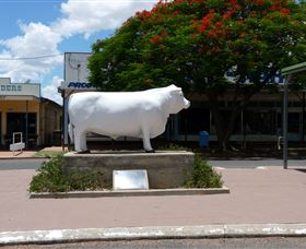 Aramac - The White Bull - Accommodation in Brisbane