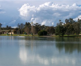 Gum Bend Lake - Accommodation in Brisbane