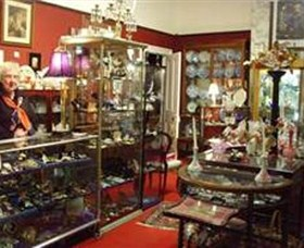 Nerilee Antiques - Accommodation in Brisbane
