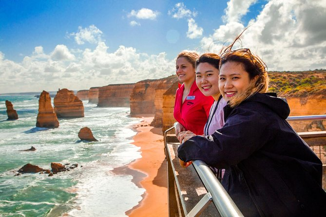 4-Day Melbourne Tour City Sightseeing Great Ocean Road and Phillip Island - Accommodation in Brisbane