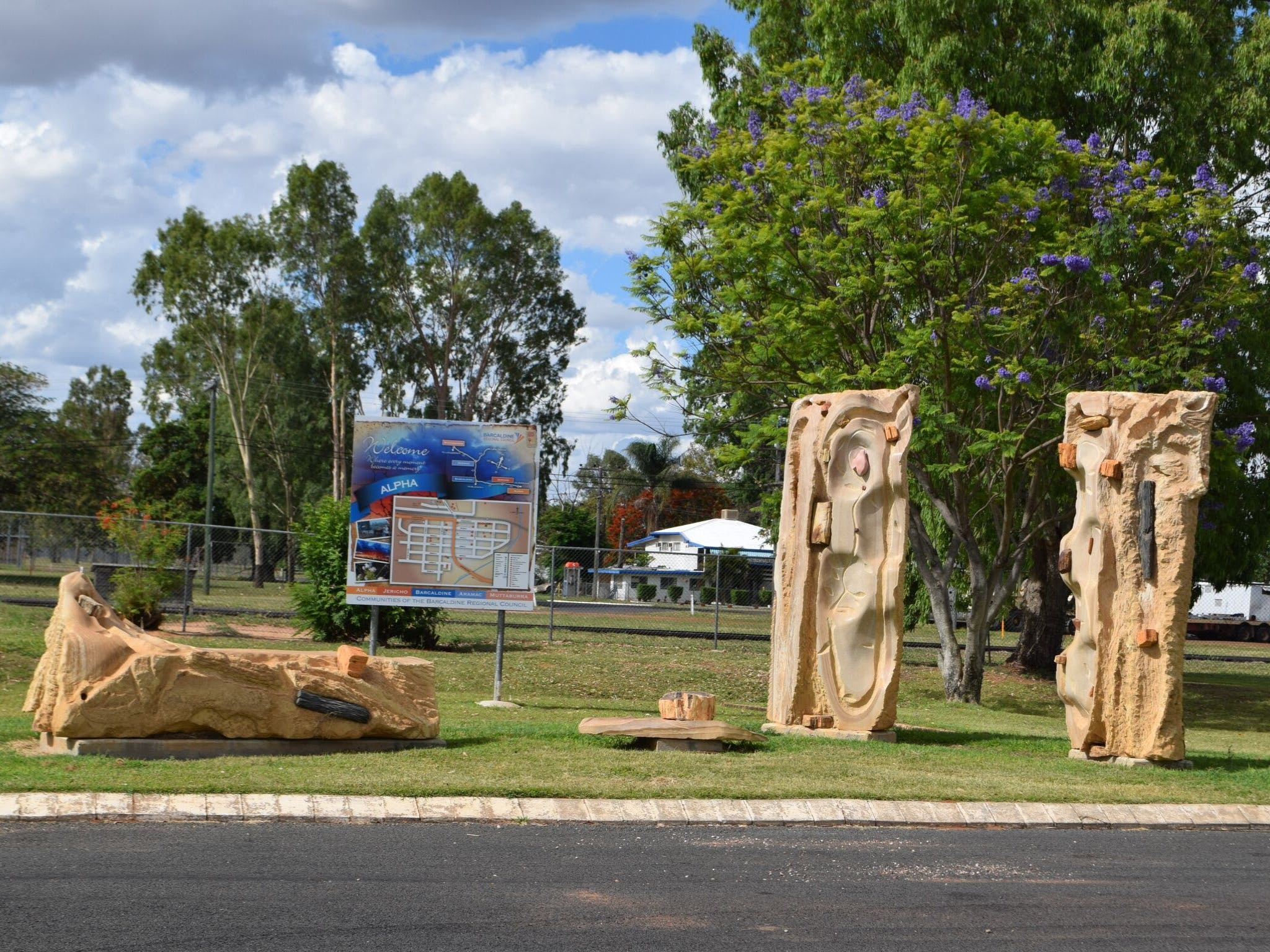 The Fossilised Forest Sculpture - Accommodation in Brisbane