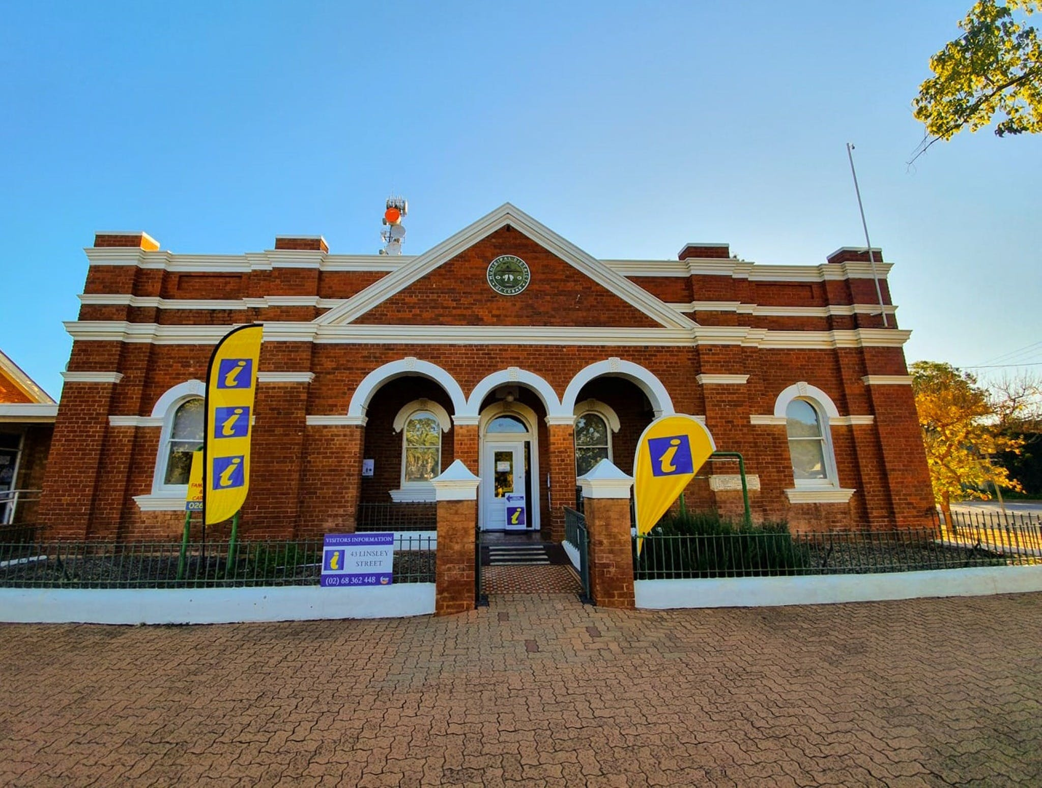 Cobar Visitor Information Centre - Accommodation in Brisbane