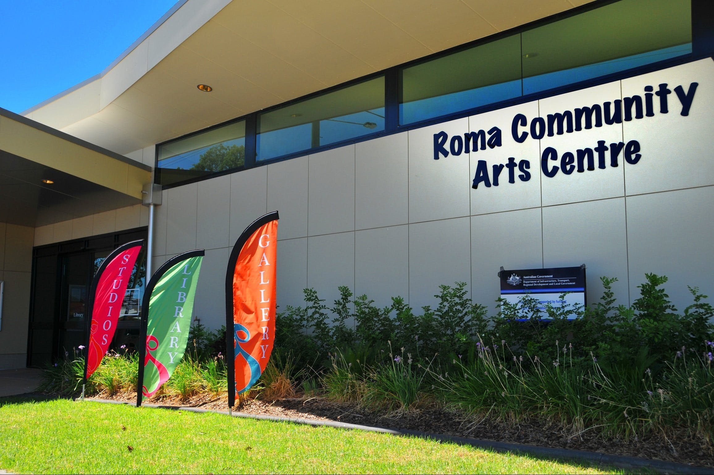 Roma on Bungil Art Gallery and the Walk of Art - Accommodation in Brisbane