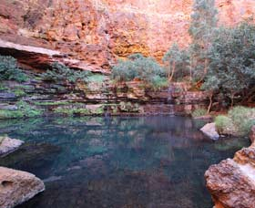Gorge Rim Walk Dales Gorge - Accommodation in Brisbane