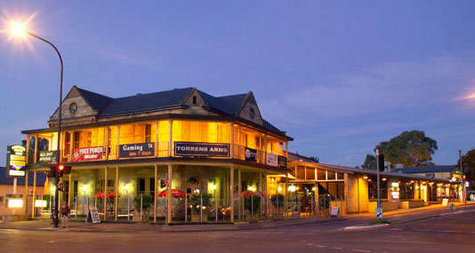 Torrens Arms Hotel - Accommodation in Brisbane