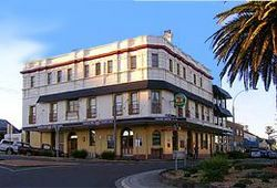 The Grand Hotel - Kiama - Accommodation in Brisbane