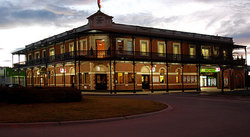 The Grand Terminus Hotel - Accommodation in Brisbane