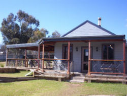 The Globe Hotel. Rylstone - Accommodation in Brisbane