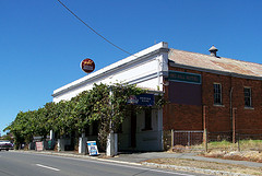 Red Hill Hotel - Accommodation in Brisbane