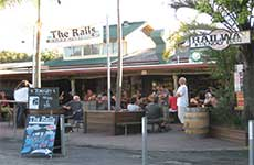 Railway Friendly Bar - Accommodation in Brisbane