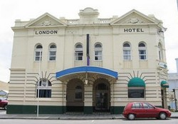 The London Hotel - Accommodation in Brisbane