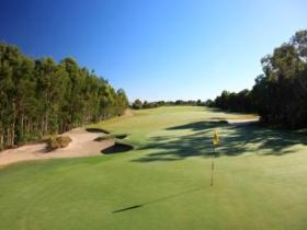 Pelican Waters Golf Club - Accommodation in Brisbane