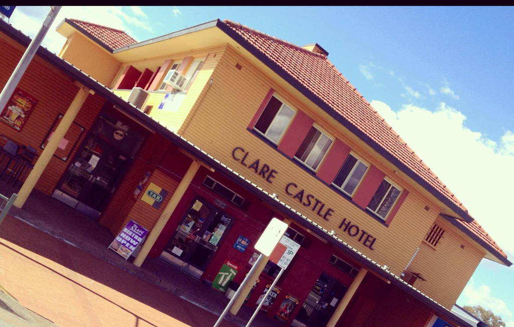 Clare Castle Hotel - Accommodation in Brisbane