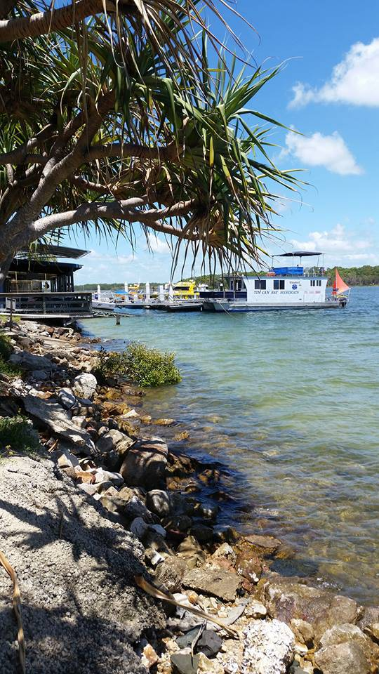Tin Can Bay Yacht Club Bistro - Accommodation in Brisbane