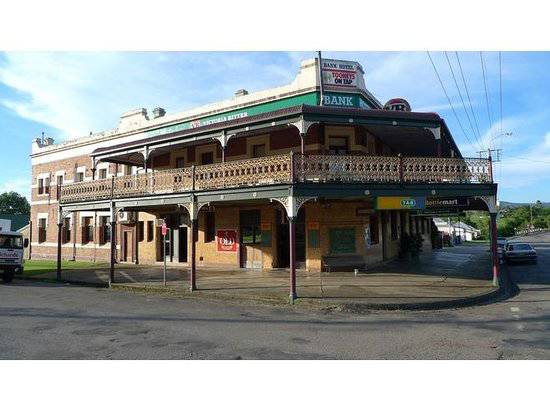 Bank Hotel Dungog - Accommodation in Brisbane