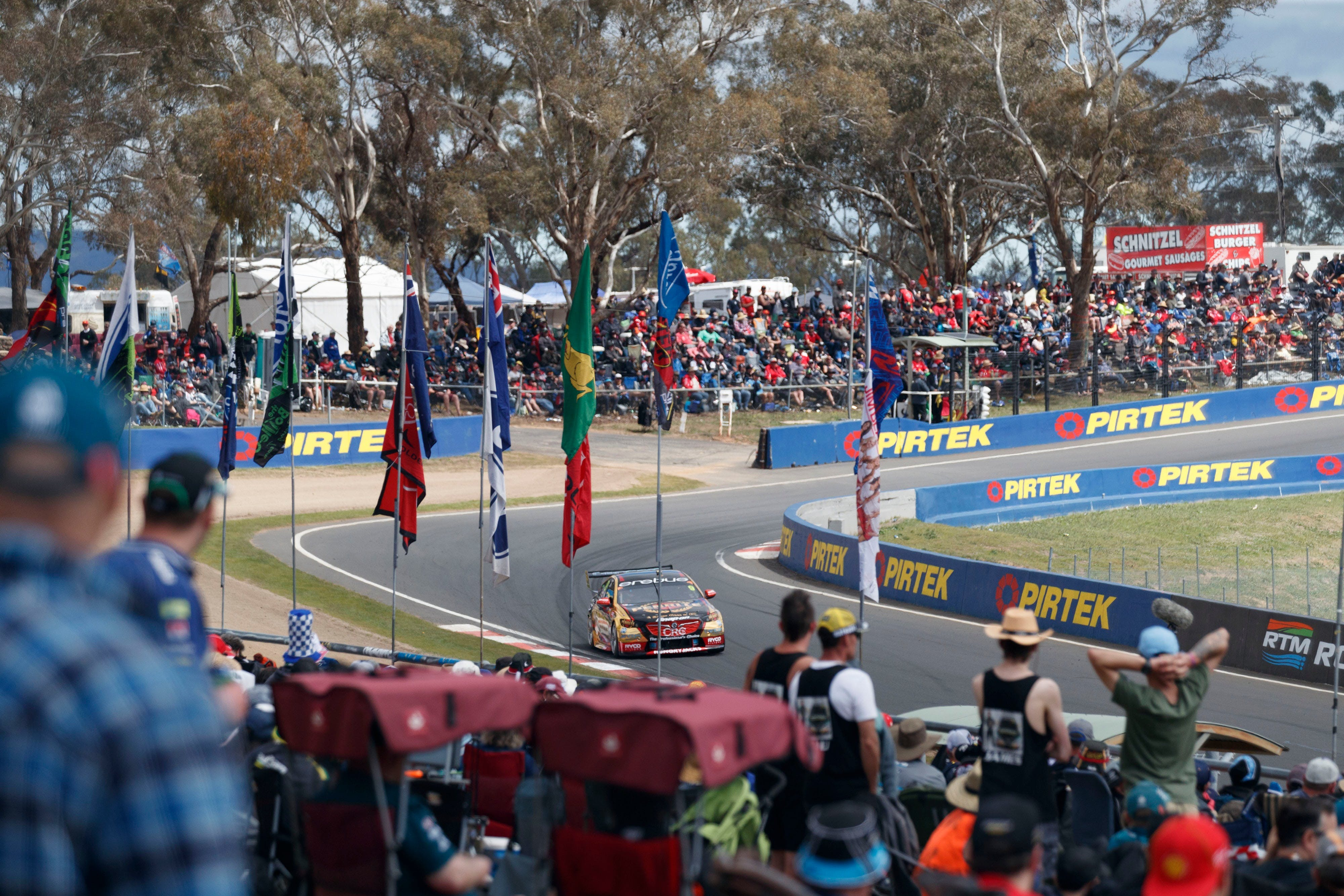 Supercars Supercheap Auto Bathurst 1000 - Accommodation in Brisbane