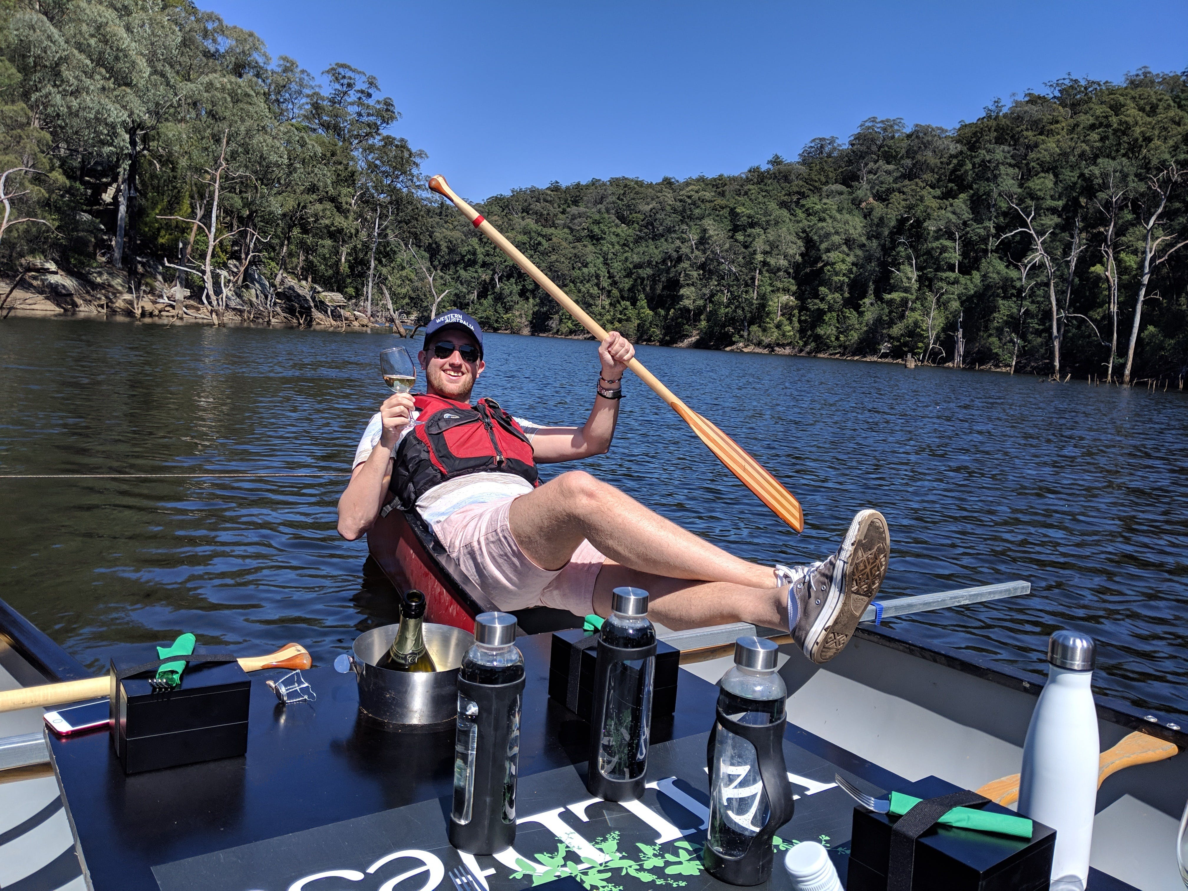 Canoes Champagne and Canaps - Accommodation in Brisbane