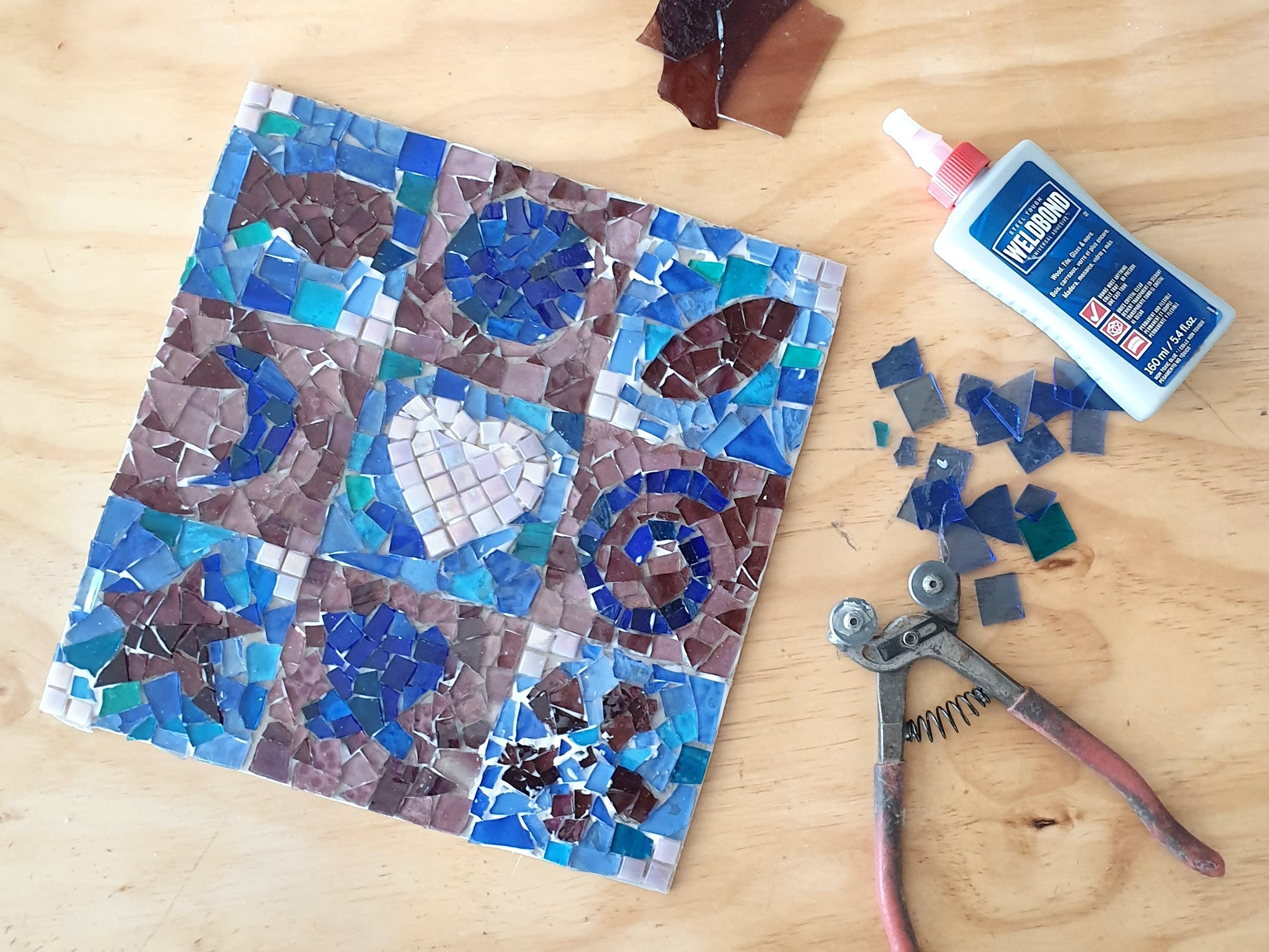 Intro to Mosaics Weekend with Leadlight By Ettore - Accommodation in Brisbane