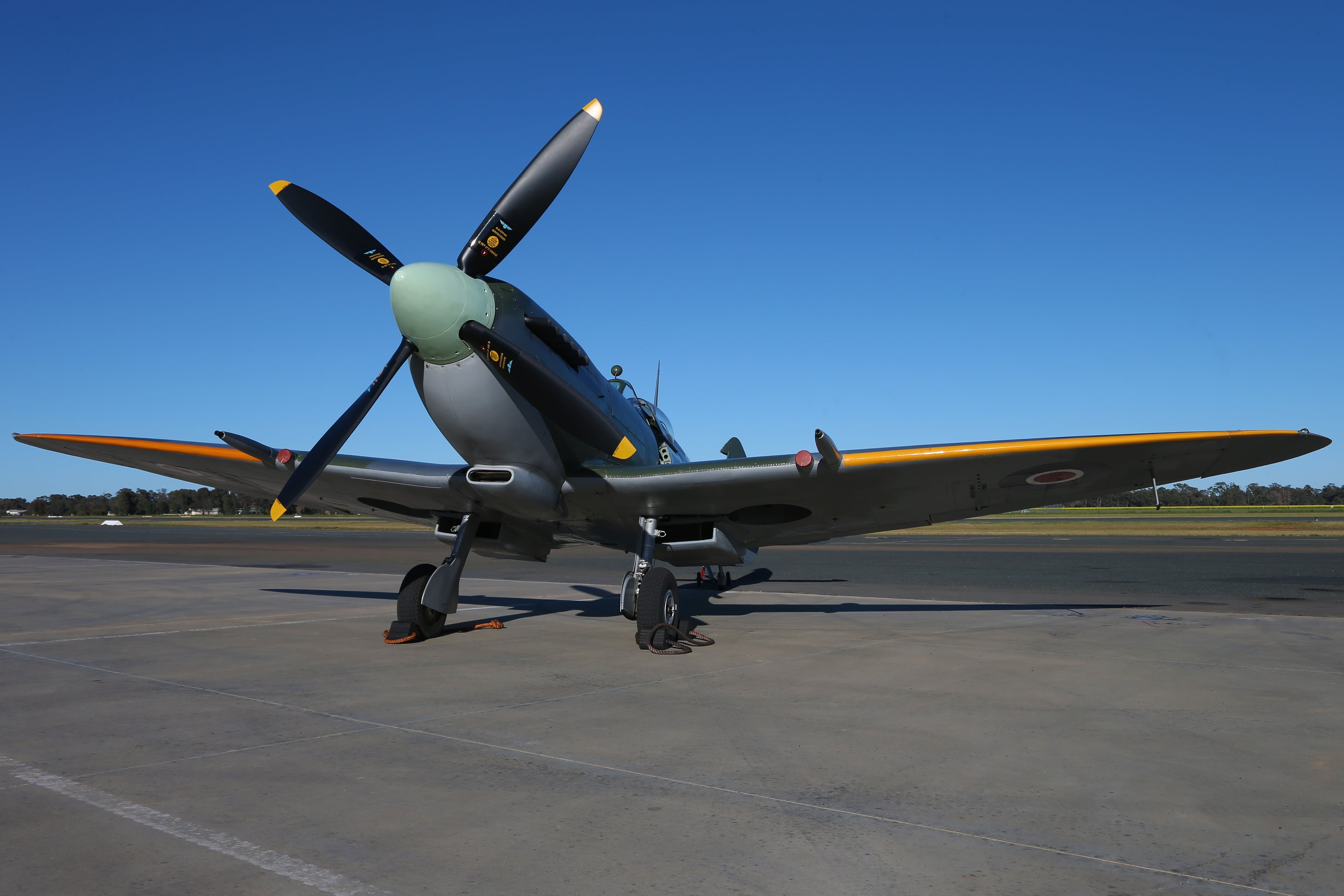 October Weekend Aircraft Showcase - Accommodation in Brisbane