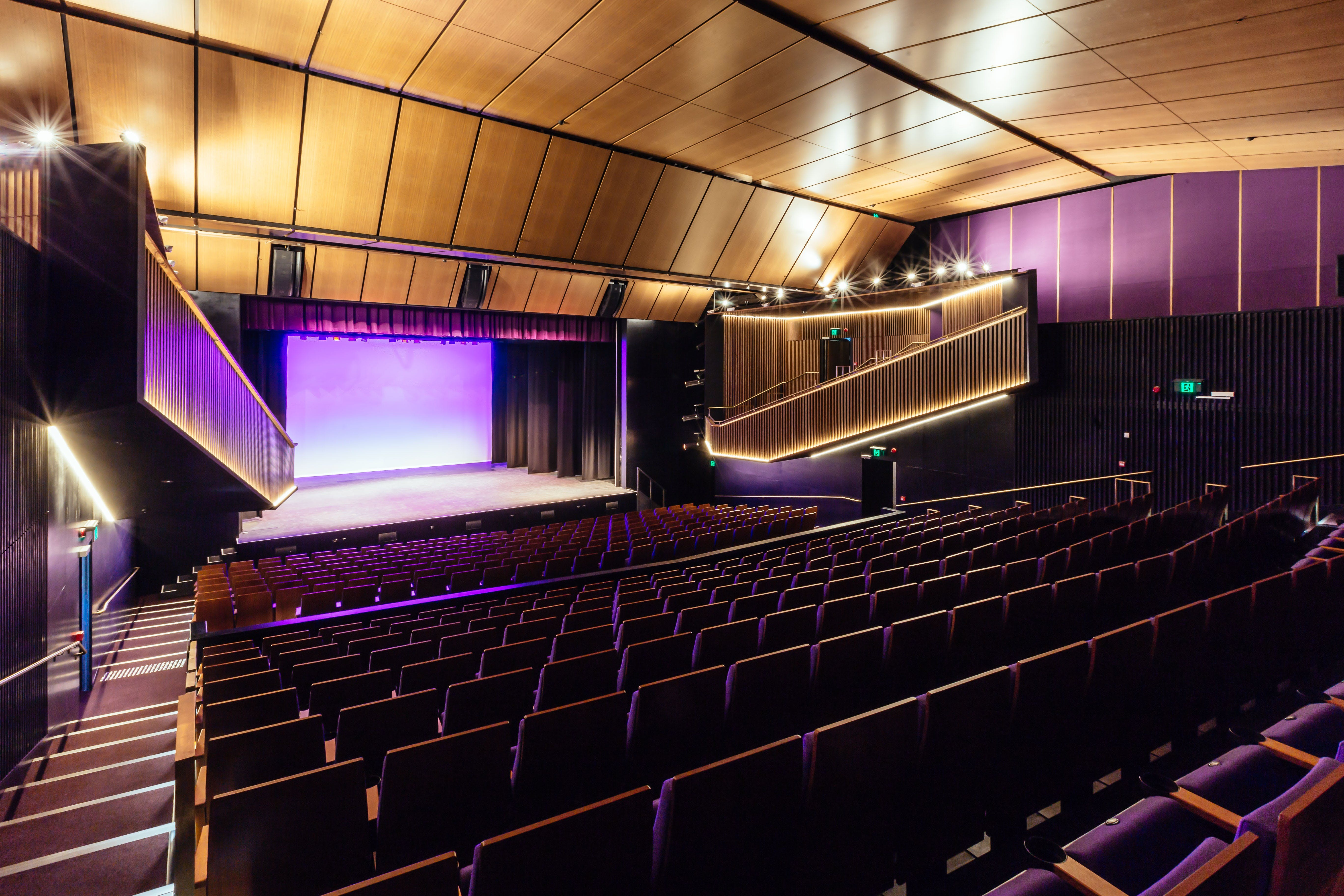 Sydney Comedy Festival Showcase Wyong - Accommodation in Brisbane